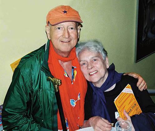 Wolf Gremm mit Dorothea Holloway im filmkunst 66, aus KINO – German Film No. 105