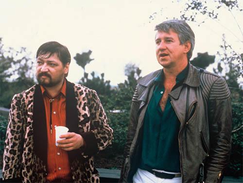 Rainer Werner Fassbinder mit Wolf Gremm am Set zu Kamikaze 1989, aus: KINO –German Film No. 105